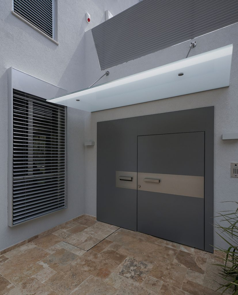 דלת villa 3 חיפוי צבע mt95