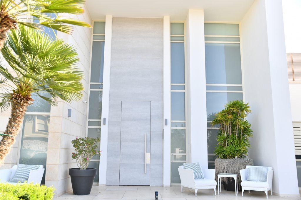 דלת 8 villa בחיפוי גרניט ng096