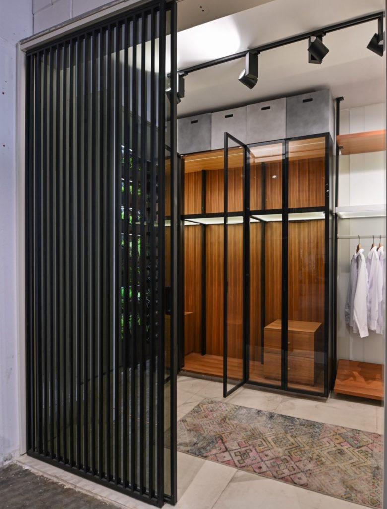 חדר ארונות liner משולב דגם soft